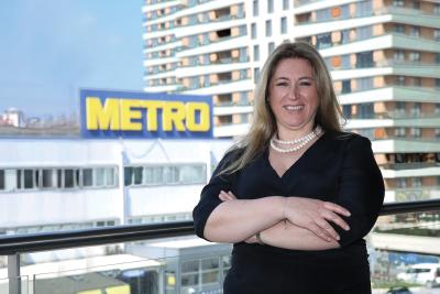 """Yeni """"Metro"""", hem gastronomi dünyasını  hem çalışanlarını geleceğe taşıyor"""