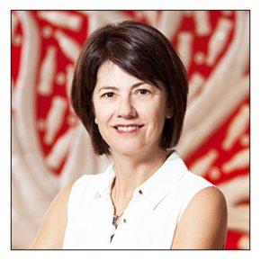 Heidi  Lamont